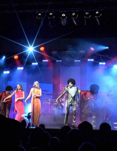 Motown-Dancing1